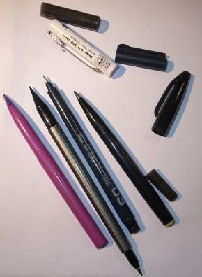 いろいろな水性ペンに使用